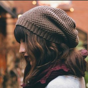 Must have! Waffle Knit Mocha Slouchy Beanie. ❄️